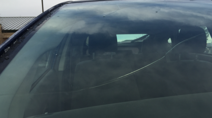 How Long Can I Leave a Chipped Windshield Before Getting It Repaired or Replaced?