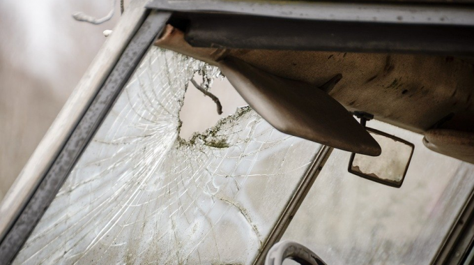 3 Advantages of Mobile Windshield Replacement